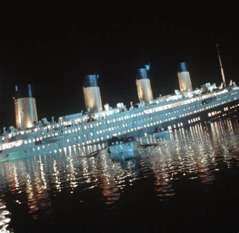 film titanic untergang quot titanic quot untergang hat der steuermann links und rechts