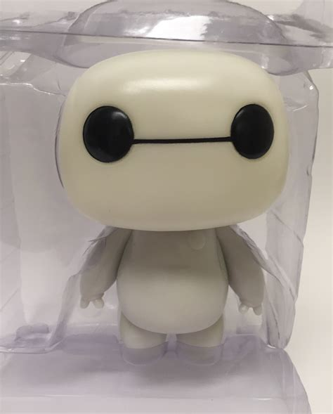 Bobble Baymax funko pop vinyls baymax glow in the review photos marvel news