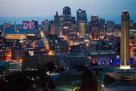 darkest hour kansas city downtown kansas city skyline aerial eric bowers photo