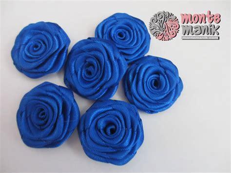 Aplikasi Mote Manik Manik Doff Bunga Mawar Biru 1 Pack 25gr Aplikasi Bunga Mawar Rosamaya Biru Tua Apb 016