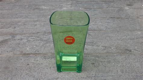 Sendok Makan Panjang Plastik Warna Putih Kualitas Bagus 50 Pcs gelas plastik segi warna hijau stabilo 325 ml merk golden kode 851 selatan jaya agen