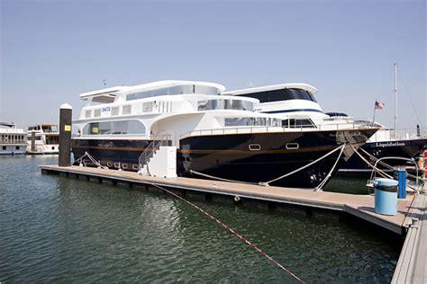 houseboats hong kong hong kong houseboat