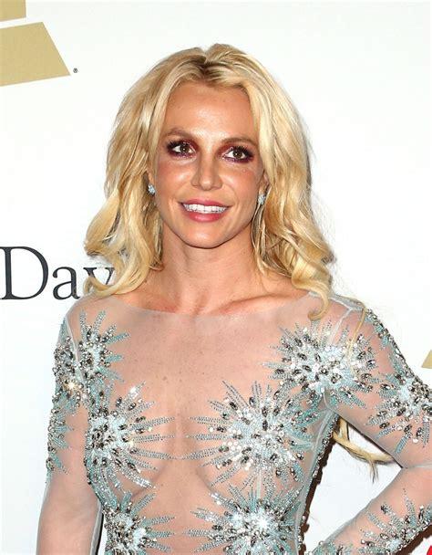 Britney Spears | britney spears clive davis pre grammy 2017 party in