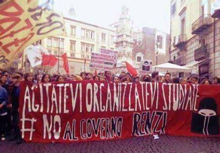 studenti napoli scuola a napoli lo sciopero degli studenti manda in tilt