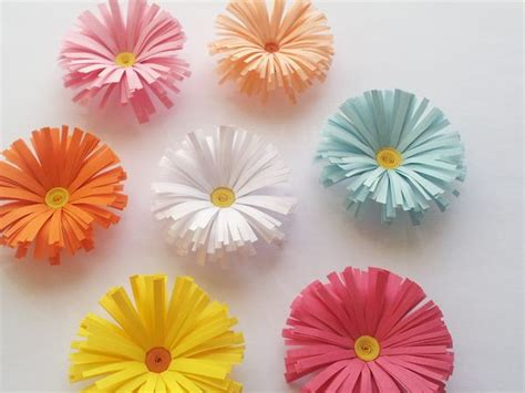 17 mejores ideas sobre flores caricatura en pinterest flores de papel faciles flores de papel decorar interior