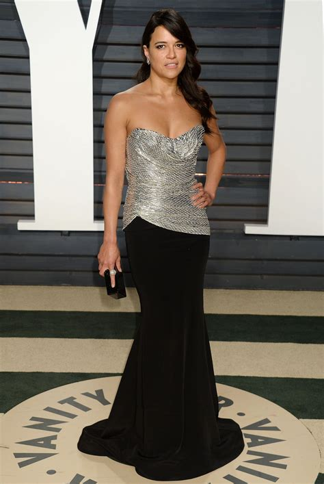 michelle rodriguez oscar 2018 michelle rodriguez at vanity fair oscar 2017 party in los