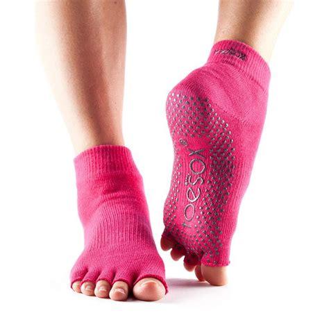 toe grips toesox half toe ankle grip socks