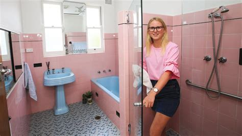 julie cash bathroom home seller offers buyers 25 000 to preserve bathroom