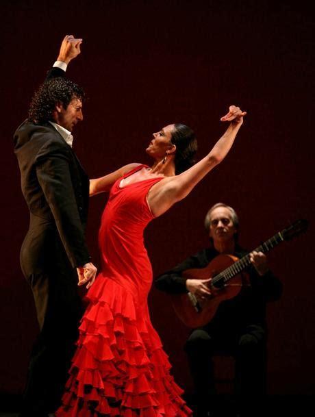 Buku Gitar Flamenco 13 Easy Flamenco Solos costumes de flamenco paperblog