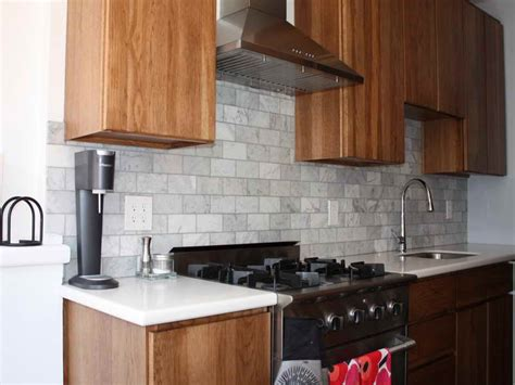 kitchen gray subway tile backsplash with regular style