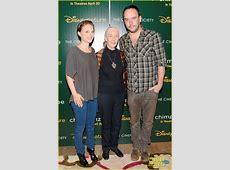 Natalie Portman: 'Chimpanzee' Screening with Jane Goodall ... Jane Goodall Death