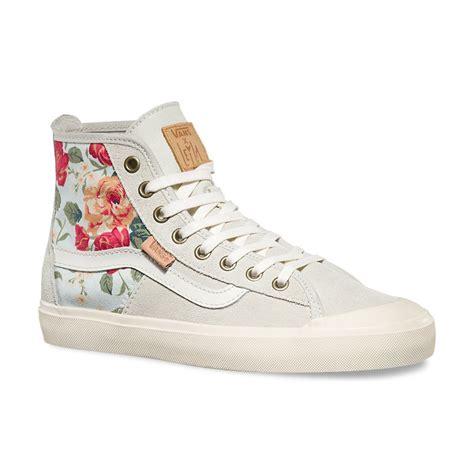 vans patterned high tops vans dazie hi leila white floral 617931382756