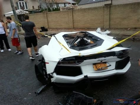 lamborghini aventador split in half aventador split in two pieces quot crash in
