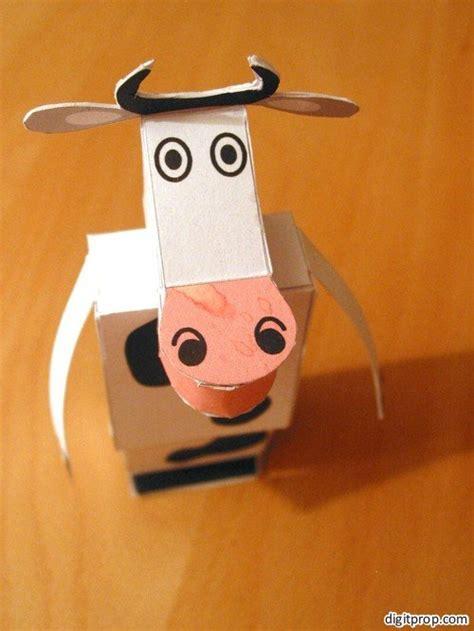 Cow Papercraft - papercraft a cow digitprop paper design