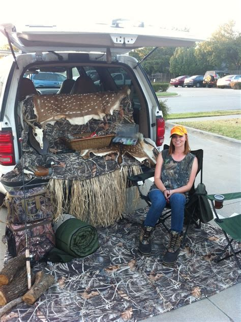 hunting truck ideas 27 clever trunk or treat ideas tip junkie