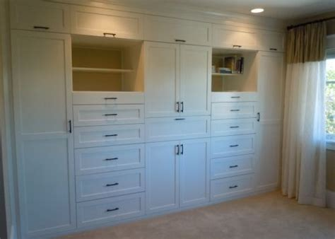 Bedroom Wall Closet by Bedroom Closets Closet Wall And Master Bedroom Closet On