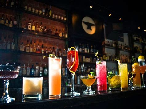 Top Drinks At A Bar by Where To Drink On Thanksgiving 10 Great Bars Offer