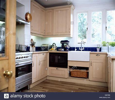 lavello sotto finestra cucine con lavello sotto la finestra cucina a c
