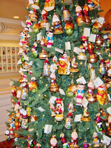 disney character christmas tree germany epcot disneydining
