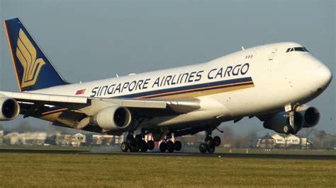 singapore airlines cargo boeing   landing amsterdam