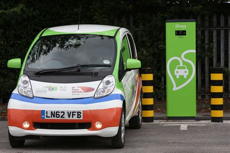electric cars charging siemens uk ev charge points installed at london
