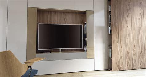 Altezza Tv A Parete by Altezza Tv A Parete Da Letto Desyo Gruppo Letto In