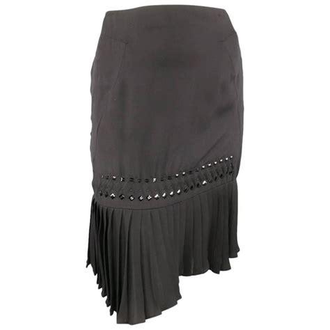 Hem Guchi Black gucci size 2 black silk pleated hem beaded pencil skirt