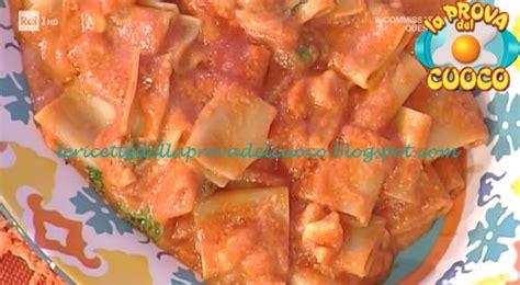 ricette per cucinare i paccheri paccheri dei ciabattini ricetta moroni da prova cuoco