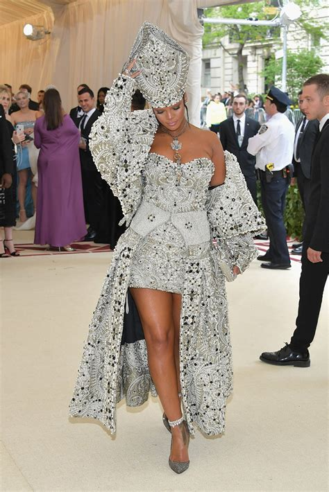 met gala  os   red carpet party styleparty style