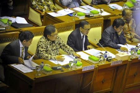 Anatomi Konflik Politik Di Indonesia perbaiki ekonomi pemerintah disarankan benahi konflik politik