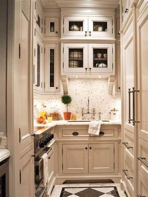 ideas for small kitchens layout best 25 small u shaped kitchens ideas only on u shape kitchen modern u shaped