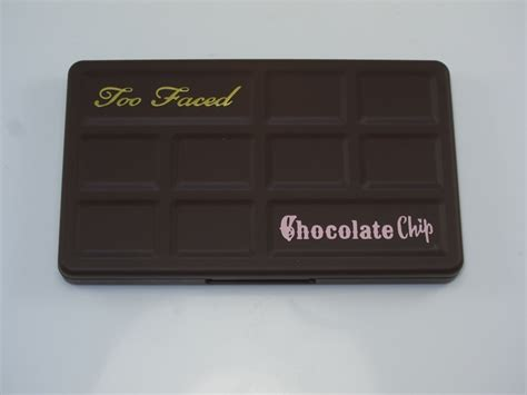 Faced Matte Chocolate Chip Original faced matte chocolate chip eyeshadow palette review swatches blogs bloglikes