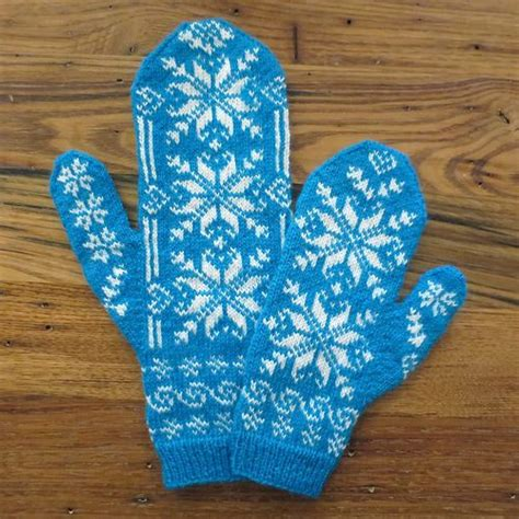 snowflake pattern knitted mittens do you want to knit some mittens knitting