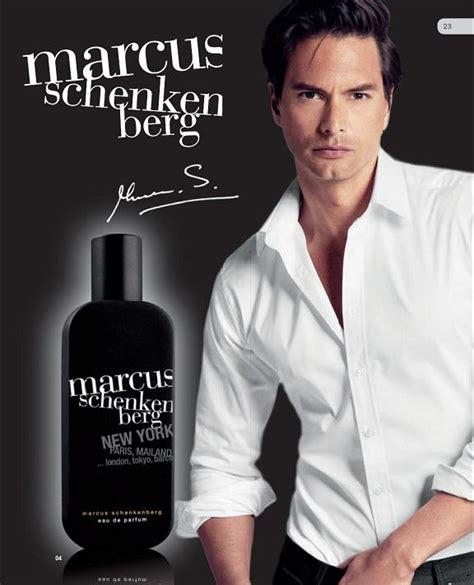 parfum pour homme qui attire les femmes uomo innamorato comportamenti