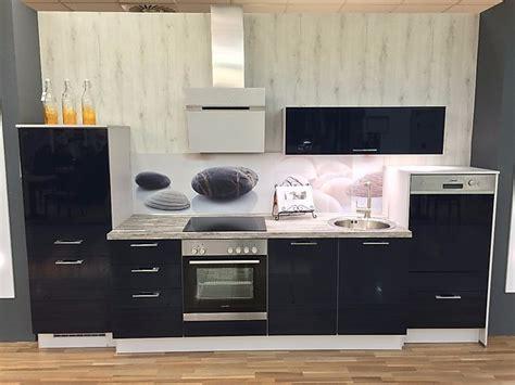 blaue schränke küche schlafzimmer betten aus holz