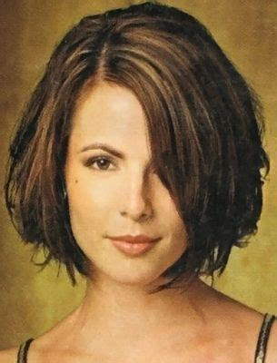 hairstyles fow women with wide chin short bob hairstyle chin length and side fringe with part