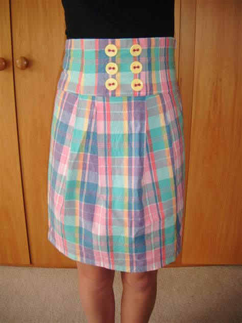 simple high waisted skirt burda pattern sewing projects