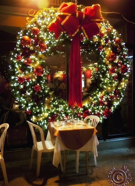 giant christmas wreath wreaths pinterest