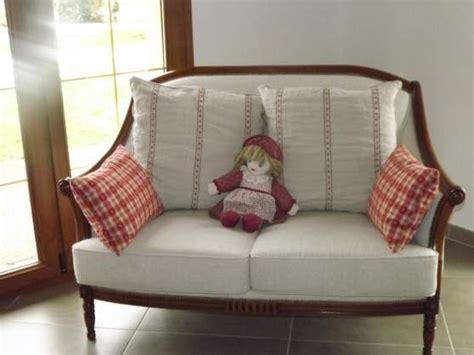 canape style anglais canap 233 style anglais 224 l isle sur le doubs meubles
