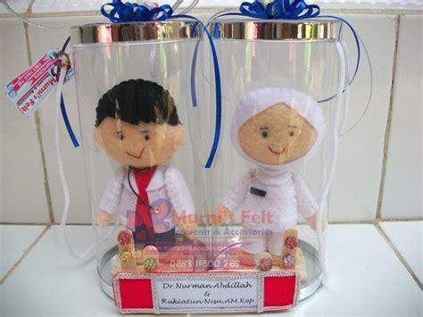 Kado Unik Pernikahan Wedding Boneka Flannel murni s felt boneka profesi flannel