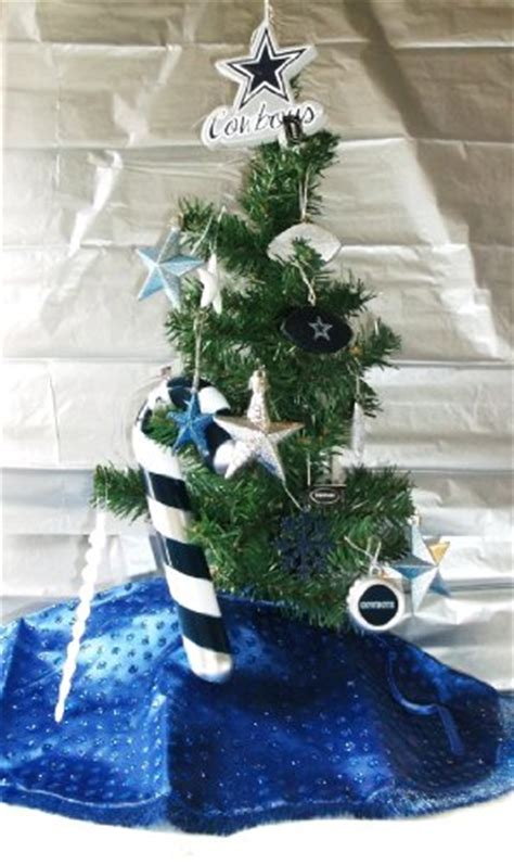 dallas cowboy christmas tree skirt 21 inch nfl dallas cowboy tree at