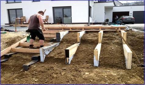 terrasse treppe holz terrassentreppe holz unterkonstruktion hauptdesign