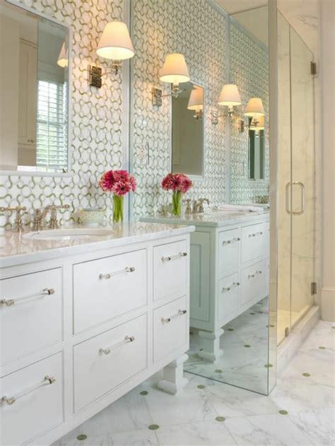 schränke fürs bad design tapete badezimmer