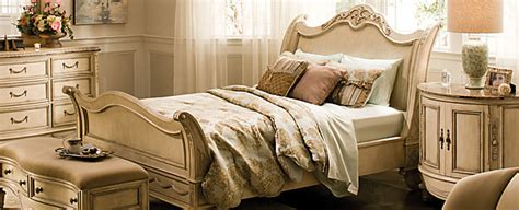 bedroom furniture  fits big bedrooms raymour  flanigan furniture design center