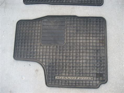 How To Clean Rubber Car Floor Mats how to clean rubber car mats car guide