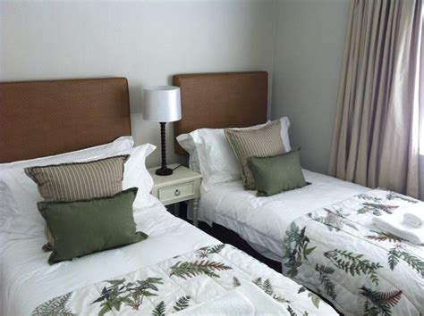 modern guest bedroom shadowbend: small guest bedroom ideas cheap with photos of small guest decoration