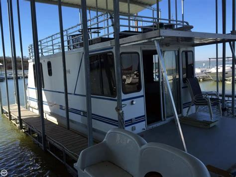 35 catamaran cruiser houseboat 2002 used catamaran cruisers 35 house boat for sale