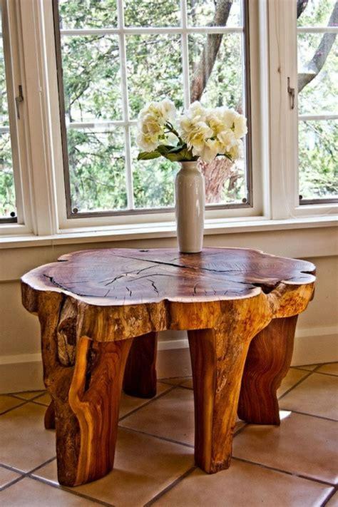 tisch lackieren baumstamm tisch der eyecatcher im rustikalen wohnzimmer