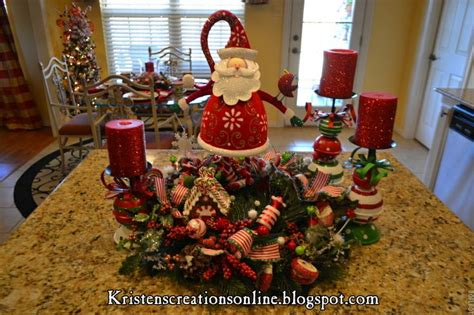 kitchen island christmas centerpiece christmas pinterest pin by vickie bennett on christmas pinterest