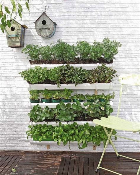 Ideas For Vertical Gardens 22 Amazing Vertical Garden Ideas For Your Small Yard Style Motivation